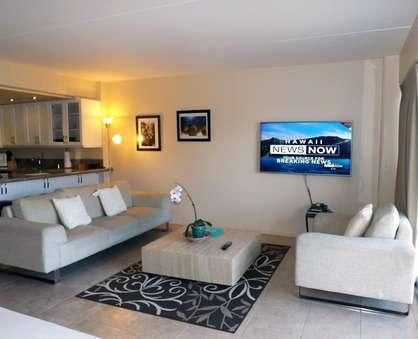 Spacious Modern Living Room