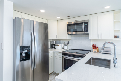 Modern Granite Kitchen