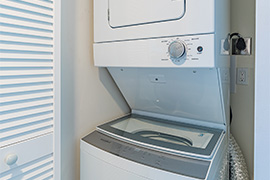 Washer/Dryer in Guest Bathroom!