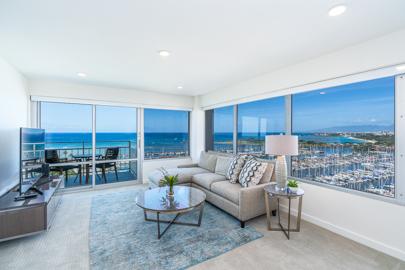 Sophisticated Elegant Living Room